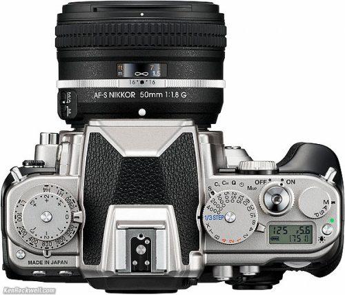 Tampak atas Nikon DF