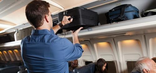 Handling di dalam cabin pesawat mudah