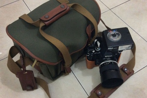 Nikon Df with Retro bag