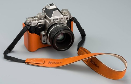 Nikon Original Leather case and strap