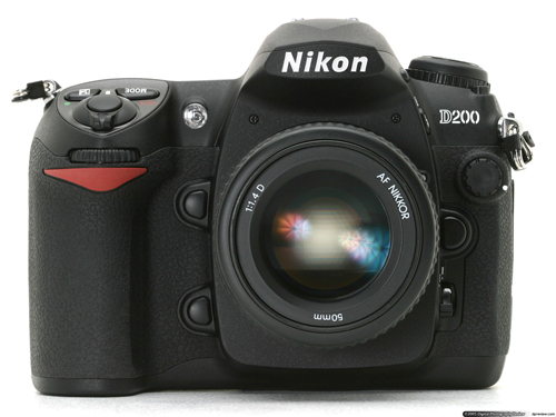 Generasi kedua Nikon D200