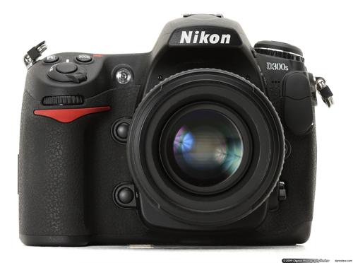 Generasi keempat Nikon D300s