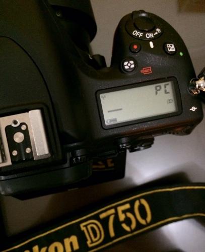 "Steps 9 : di lcd camera muncul ""PC"" tanda pairing berhasil dan siap wireless shoot."