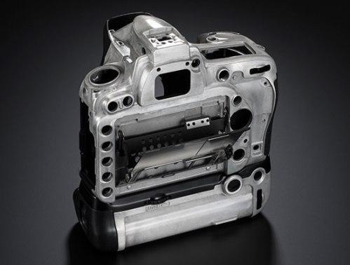 Body Nikon D750 dengan Vertical Grip